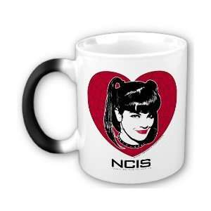 NCIS Abby Heart Heat Sensitive Mug: Kitchen & Dining