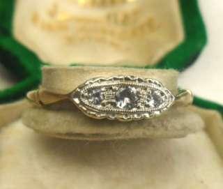 Lovely deco 9ct gold platinum diamonds trilogy ring