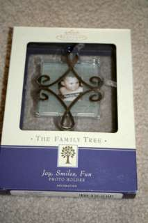 HALLMARK Family Tree PHOTO Ornament JOY SMILES FUN