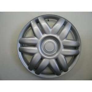 00 01 Toyota Camry 15 replica hubcap wheel cover: Automotive