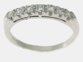 Round DIAMONDS WEDDING RING BAND in PLATINUM (7 DIAMONDS)