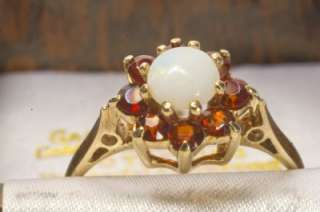 VINTAGE 9ct SOLID GOLD NATURAL FIERY OPAL AND GARNET FANCY RING SIZE