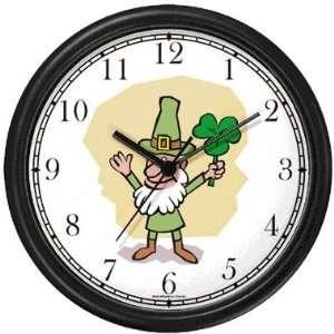 Leprechaun   Four Leaf Clover, Shamrock Irish or Celtic