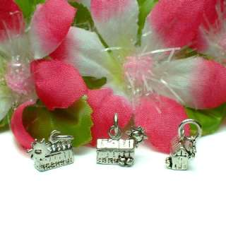 STERLING SILVER LITTLE HUT HOUSE / BARN WITH SUN CHARM