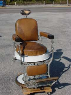 Up for sale is a Koken 1920s Barber Chair. The chairs hydraulics