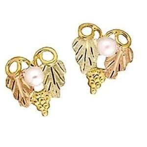 Stamper Black Hills Gold Womens Earrings. 2 Genuine 2.75mm Pearls