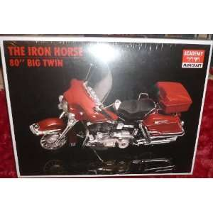 #1547 Academy/Minicraft Model Kits The Iron Horse 80 Big