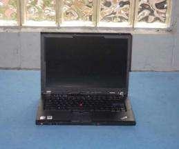 IBM/Lenovo Thinkpad T61 Laptop PC Core2Duo 2.0GHz 2GB DVD Rom