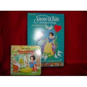 SNOW WHITE BOOK AND VALENTINES COLLECTORS SET