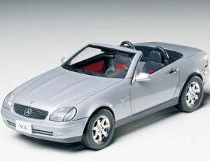 TAMIYA 1/24 #24189 Mercedes Benz SLK SPORTS CAR MODEL