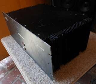 Cerwin Vega Model 2200 Stereo Power Amplifier