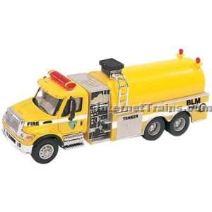 Boley HO Scale International 7000 3 Axle Fire Tanker   BLM
