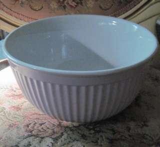 New PALE PINK & White Ceramic MIXING & SERVING BOWL |