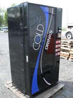 Dixie Narco Cold Soft Drink Vending Machine Soda Cola Pop Z0110