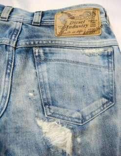 NWT DIESEL Womens Vintage Destroy Jeans Italy Denim Soozy 8B3 24