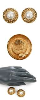 21802 auth CHANEL gold plate metal & faux pearl Ear Clips Earrings