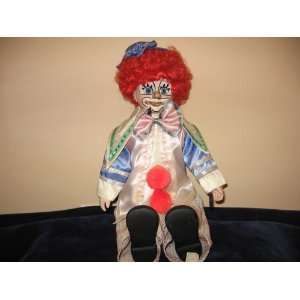 16 Collector Edition Porcelain Clown Doll Toys & Games