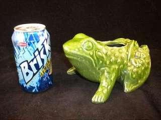 Vintage GREEN ART POTTERY Toad FROG PLANTER VASE ~ Nice Details