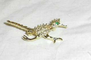 Unique Road Runner Bird Vtg Pin Gold tone w/Green Stone